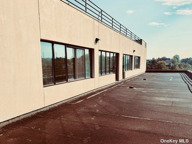 Commercial Lease 49th Street  Queens, NY 11105, MLS-3329585-3