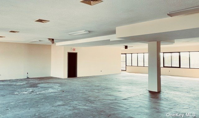 Commercial Lease 49th Street  Queens, NY 11105, MLS-3329585-4