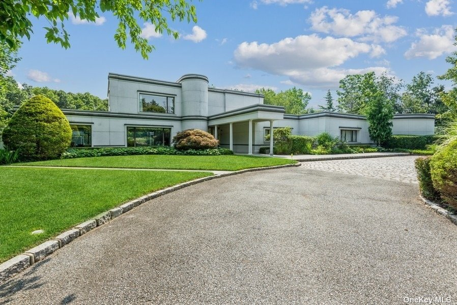 2170 BELLA SONIA COURT, MUTTONTOWN, NY 11791