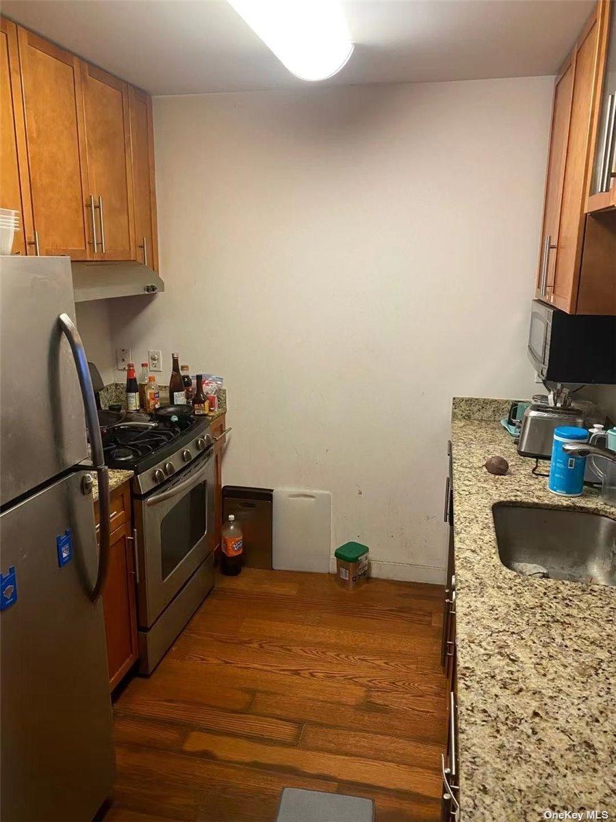 40-28 COLLEGE POINT BOULEVARD #1005, FLUSHING, NY 11354