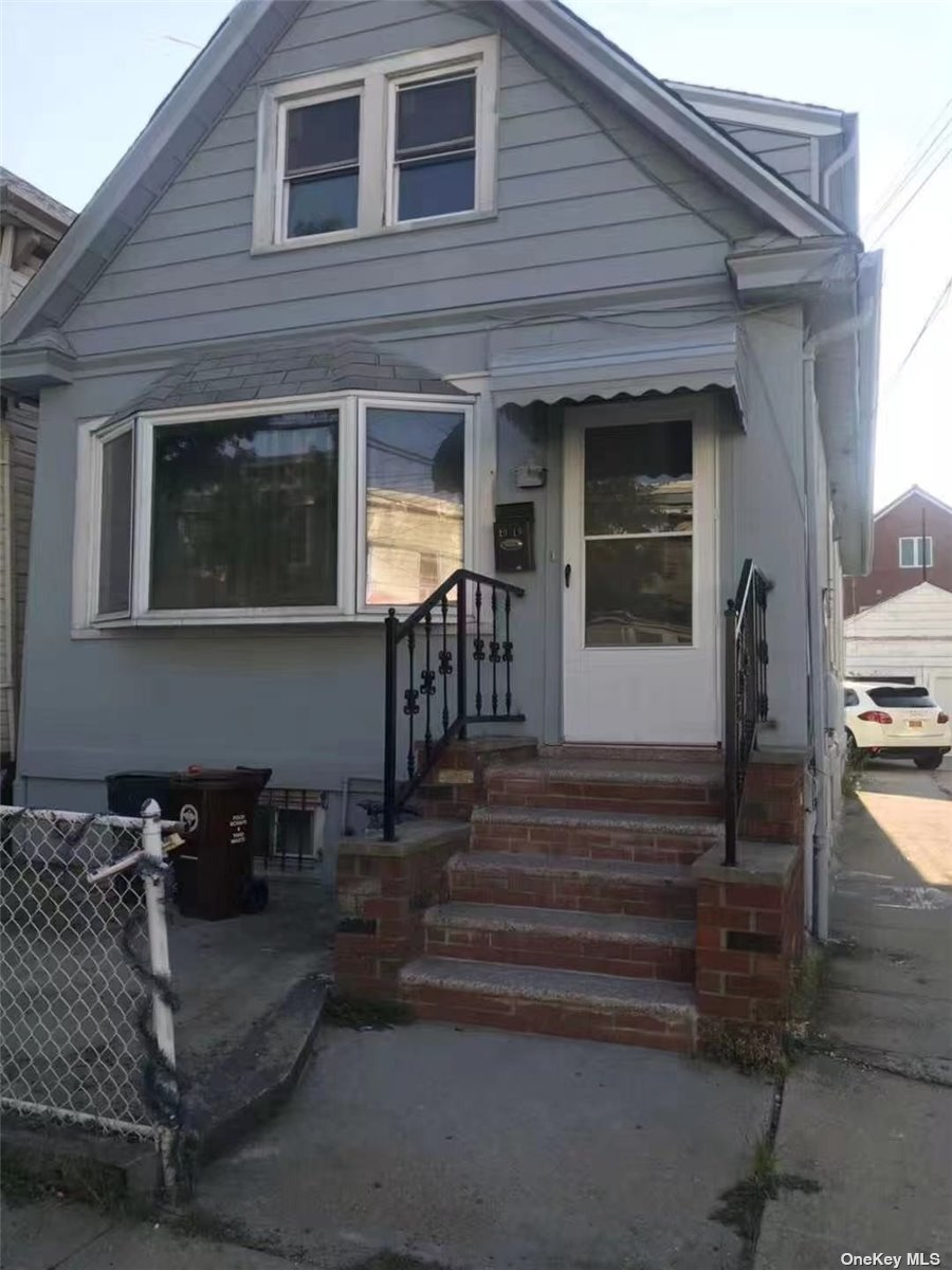 20-10 126 STREET, COLLEGE POINT, NY 11356