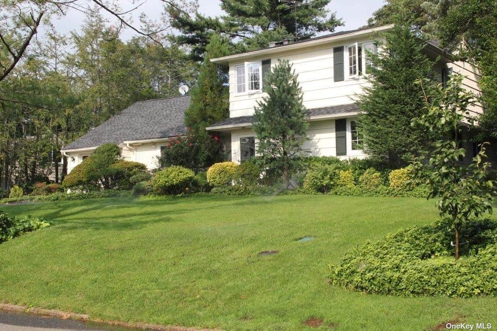 13 GRENFELL DRIVE, GREAT NECK, NY 11020