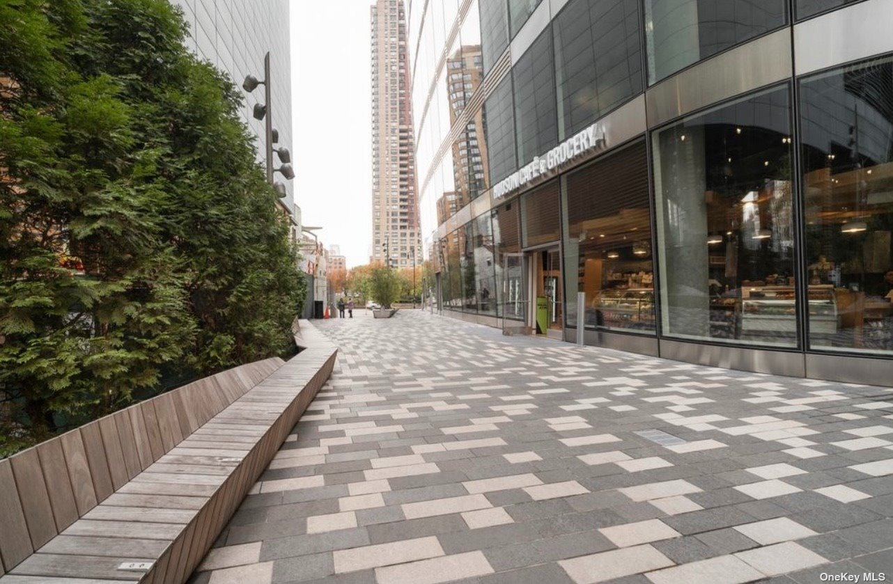 Commercial Lease West Street  Manhattan, NY 10006, MLS-3335976-10