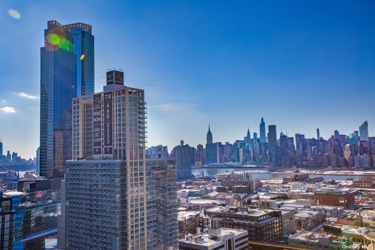 27-17 42nd Rd, Long Island City, New York11101   Residential For Sale