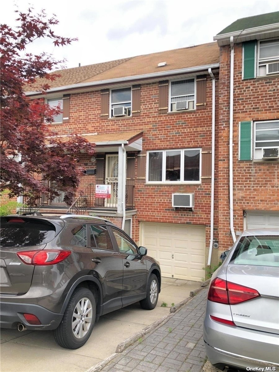 240-25 66TH AVENUE, DOUGLASTON, NY 11362