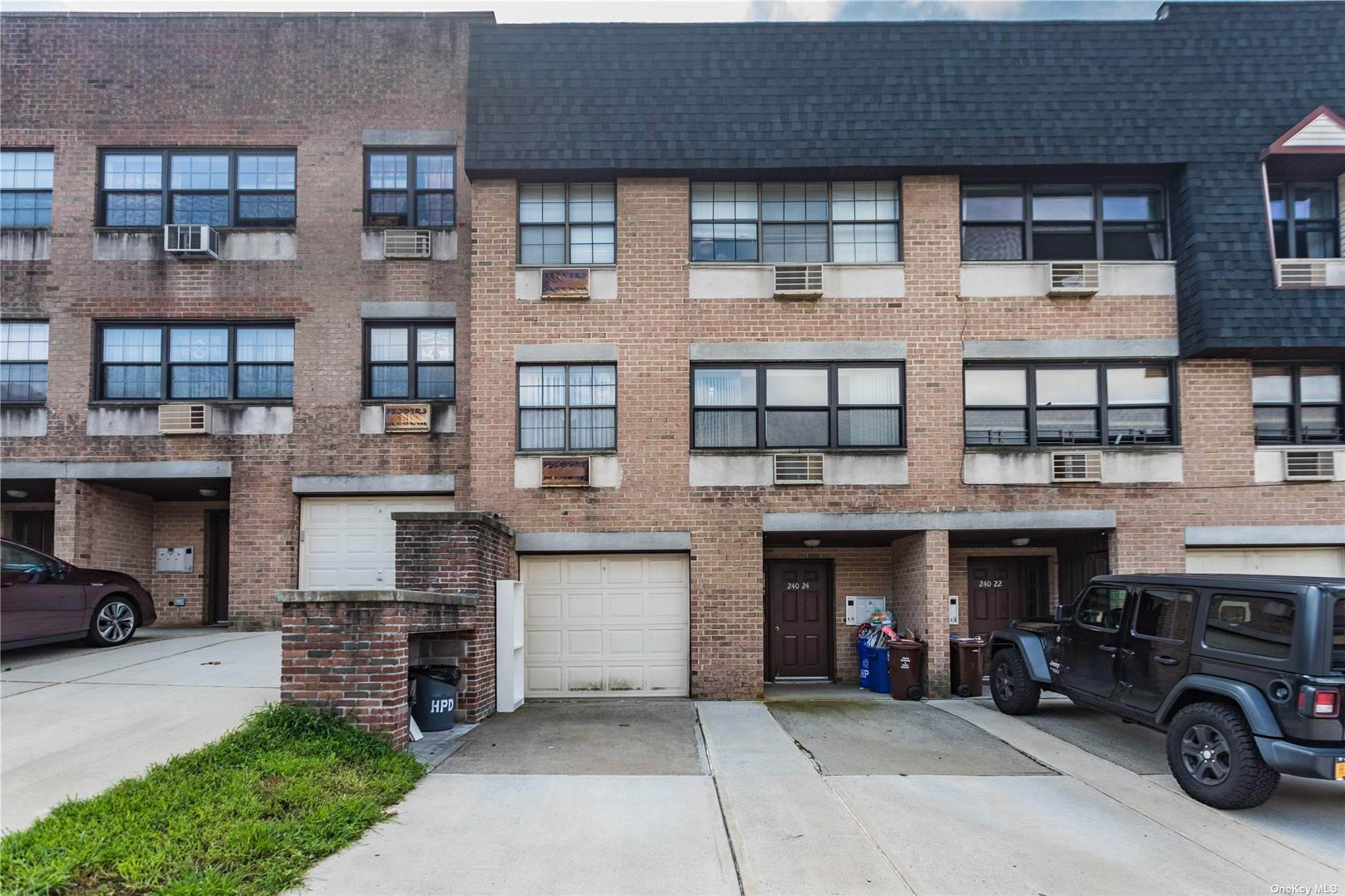 240-24 70TH AVENUE #10B, DOUGLASTON, NY 11362