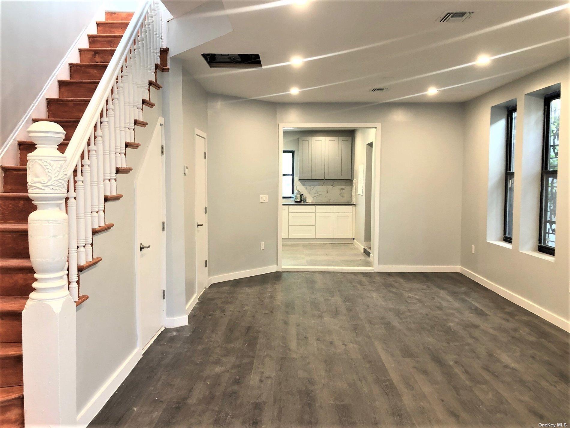 Mixed Use Vyse Avenue  Bronx, NY 10459, MLS-3343039-9
