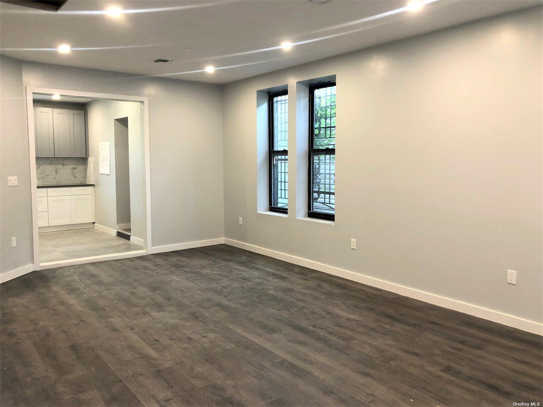 Mixed Use Vyse Avenue  Bronx, NY 10459, MLS-3343039-10