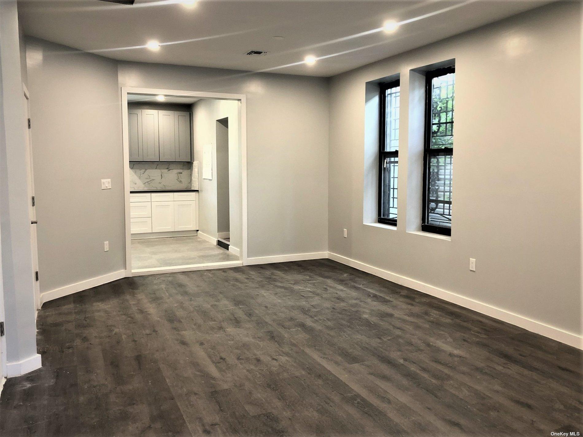 Mixed Use Vyse Avenue  Bronx, NY 10459, MLS-3343039-35