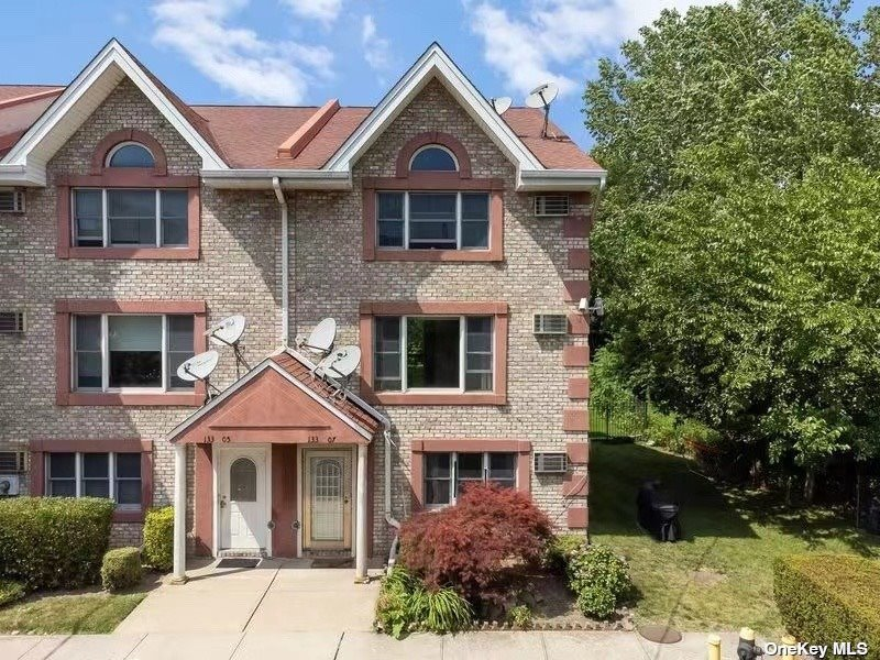 133-07 11TH AVENUE, COLLEGE POINT, NY 11356