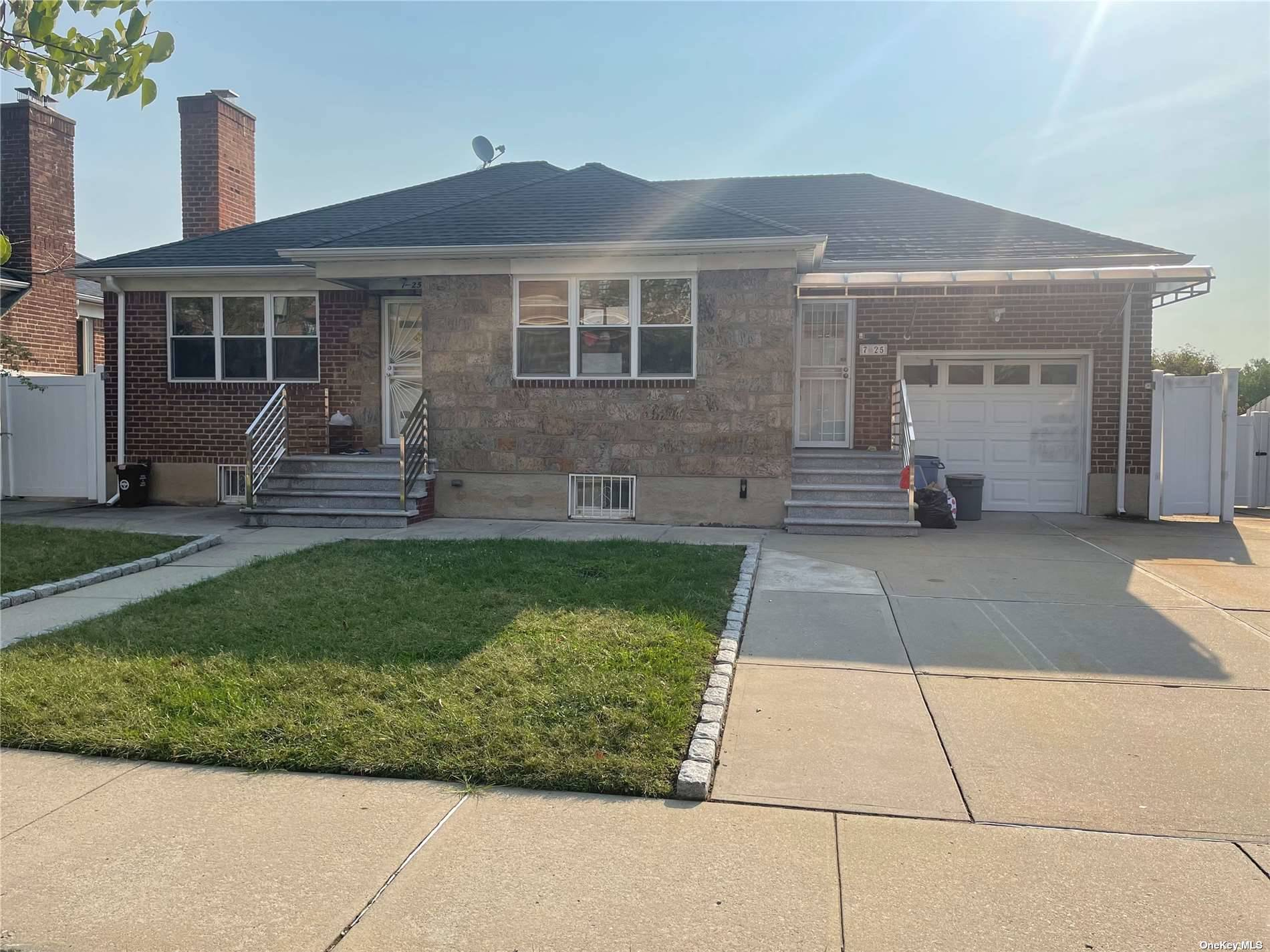 725 129TH STREET, COLLEGE POINT, NY 11356