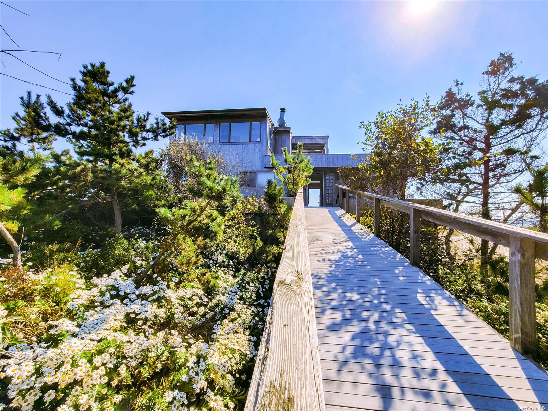 Stunning ocean views, 4 bedrooms, 3.5 bath , with hot tub on the deck