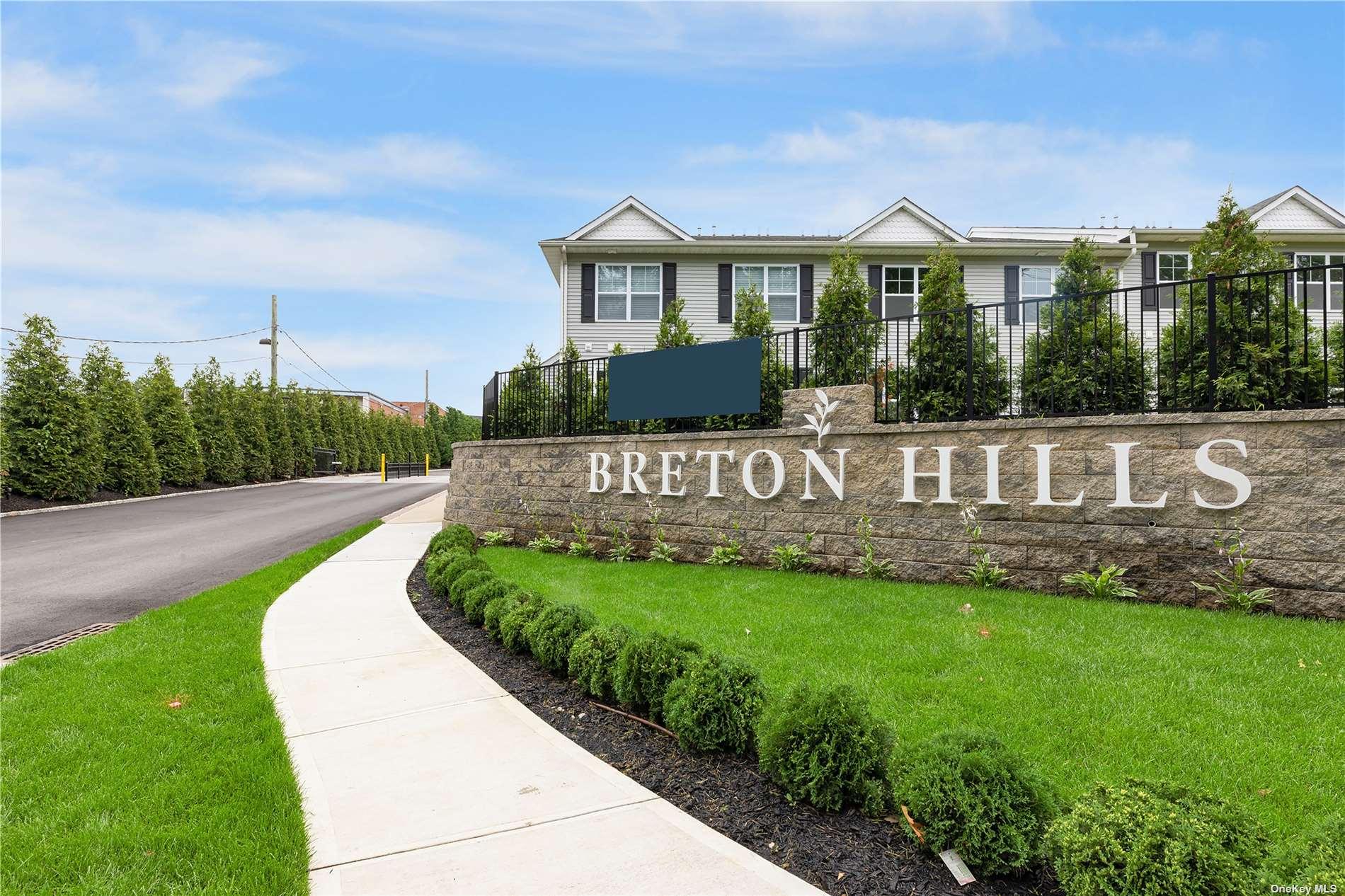 504 Breton Way Upper, Glen Cove, NY 11542