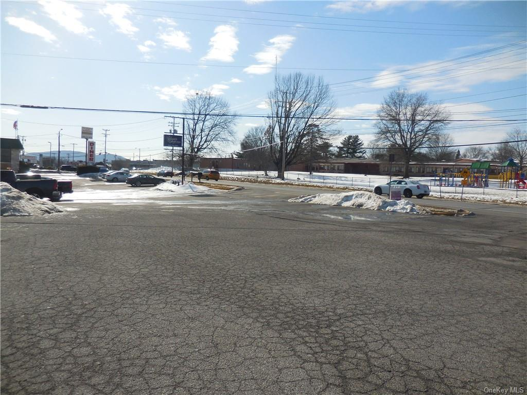 335 Windsor Highway, New Windsor, New York 12553, ,Commercial,For Rent,Windsor,H4908220