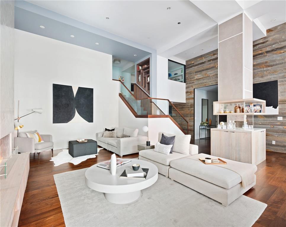 79 Laight Street 3B, New York, NY 10013
