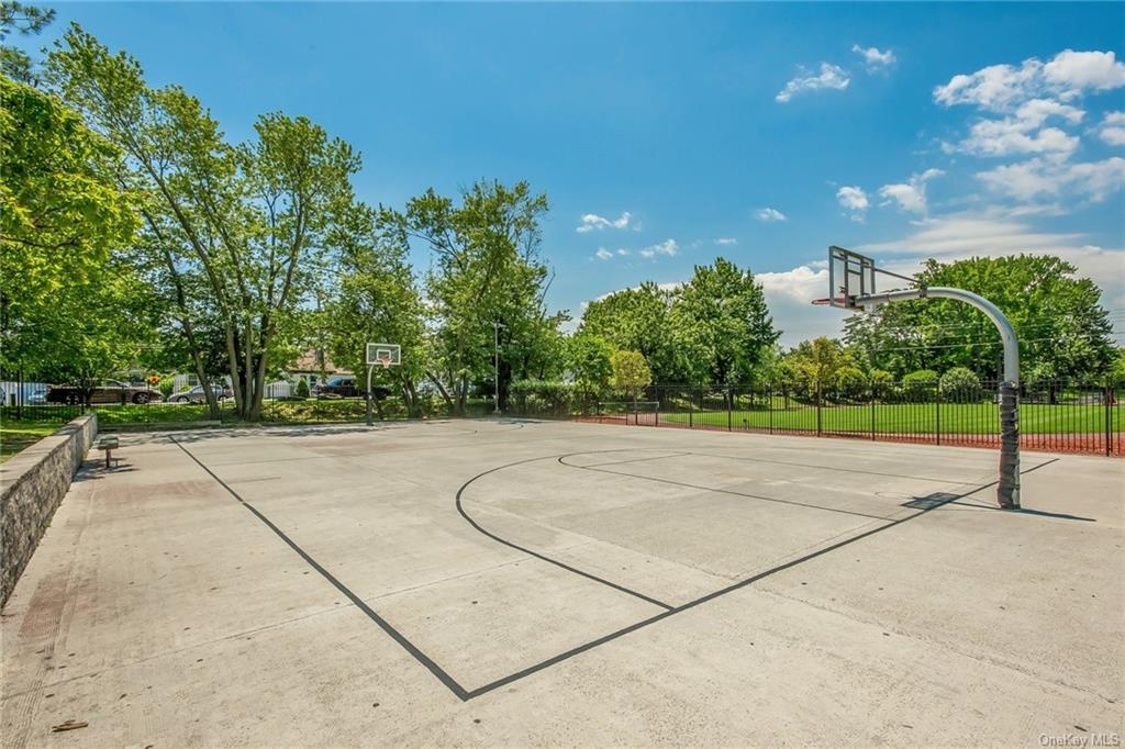 Land Edgewater Park  Bronx, NY 10465, MLS-H5003447-16