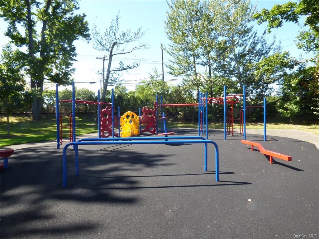 Land Edgewater Park  Bronx, NY 10465, MLS-H5003447-12