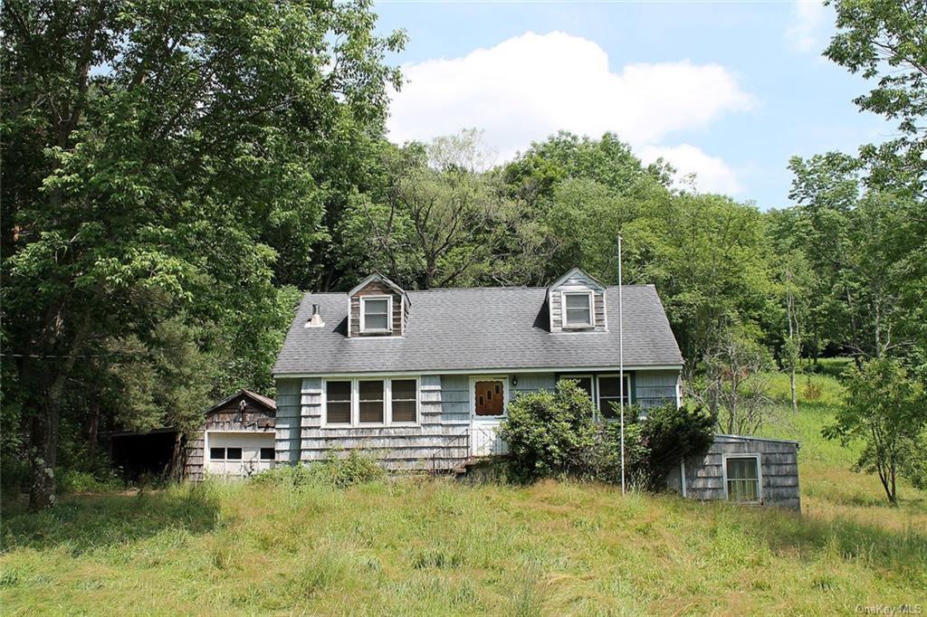 9087 County Hwy 28, Hancock, NY 12760