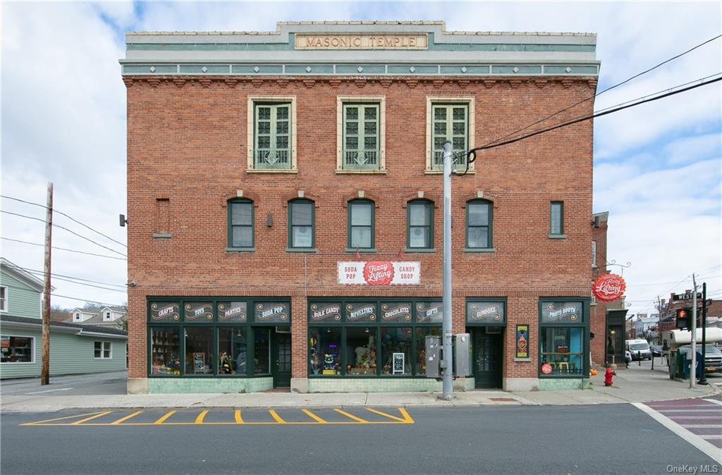 17 Main Street, Warwick Town, NY 10990