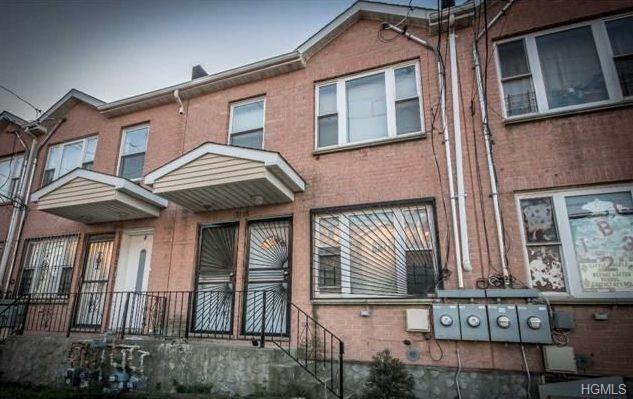 Property for sale at 31-15 Seagirt Avenue, Far Rockaway NY 11691, Far Rockaway,  New York 11691