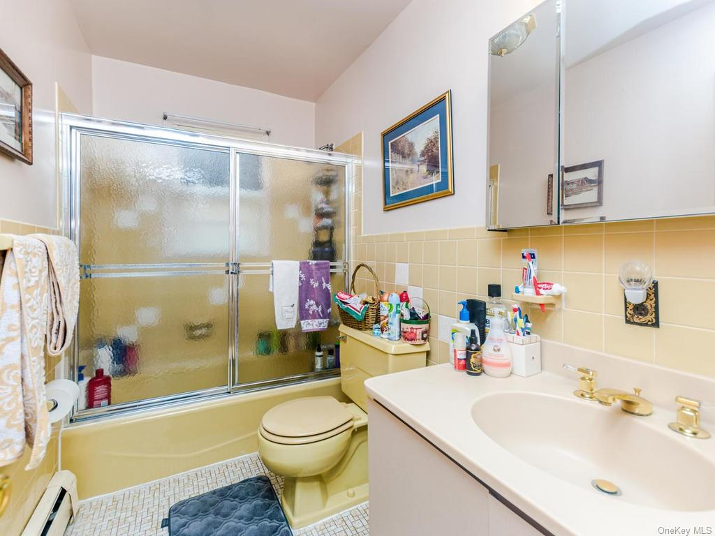 Single Family Shonnard Terrace  Westchester, NY 10701, MLS-H6014968-13