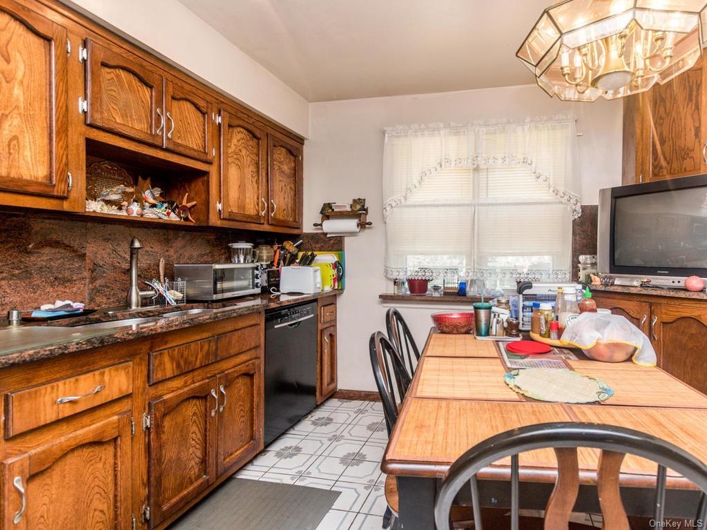 Single Family Shonnard Terrace  Westchester, NY 10701, MLS-H6014968-11