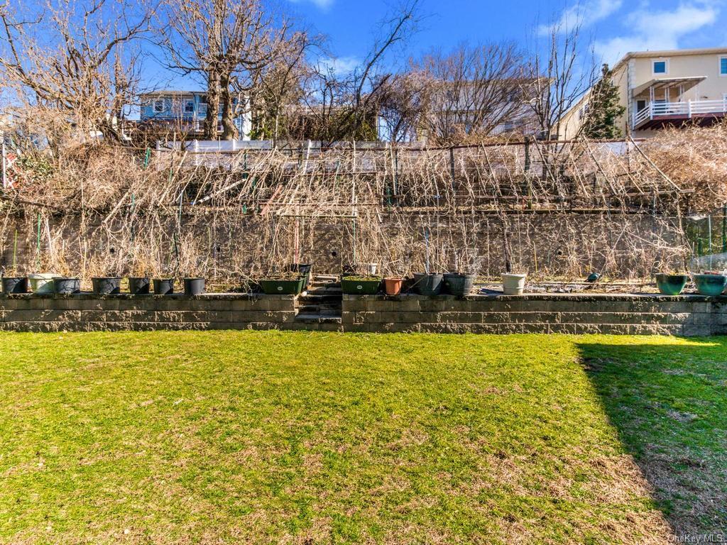 Single Family Shonnard Terrace  Westchester, NY 10701, MLS-H6014968-4
