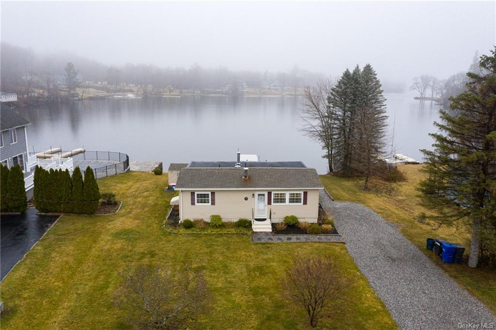 35 Palmer Road, Out Of Area Town, CT 06763