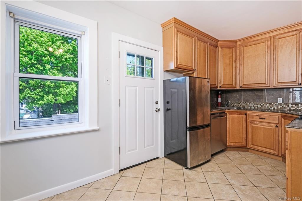 Residential Lease Grant Avenue  Westchester, NY 10603, MLS-H6038373-6