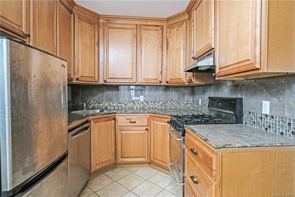 Residential Lease Grant Avenue  Westchester, NY 10603, MLS-H6038373-7