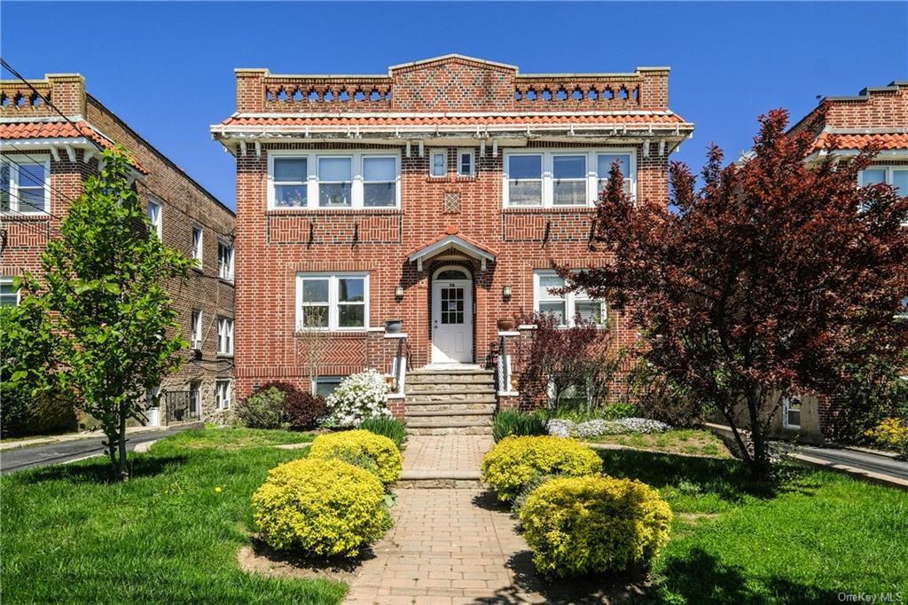 Residential Lease in White Plains - Grant Avenue  Westchester, NY 10603
