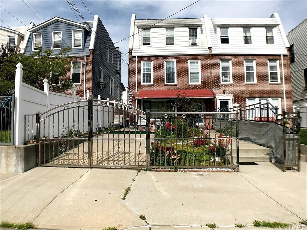 Property for sale at 248 Calhoun Avenue, Bronx,  New York 10465