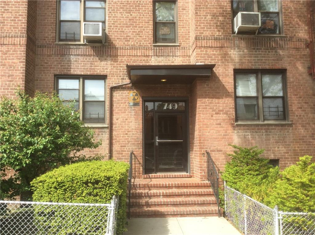 Back on the market.    Gorgeous well maintain 2 bedrooms 1 bathroom coop in desirable Wakefield Cooperative which consist of 4 beautiful buildings.  Dogs are allowed with weight restriction.  The building features laundry room, spacious recreation room and outside gated seating area..  This complex has underground parking.  It is located near shops, parks, schools, subway, and metro north.  Maintenance includes heat, hot water, taxes, gas, and electric.
