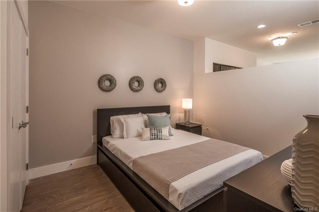 Residential Lease Columbus Avenue  Westchester, NY 10707, MLS-H6045438-14