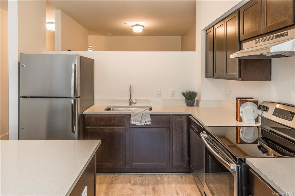 Residential Lease Columbus Avenue  Westchester, NY 10707, MLS-H6045438-8