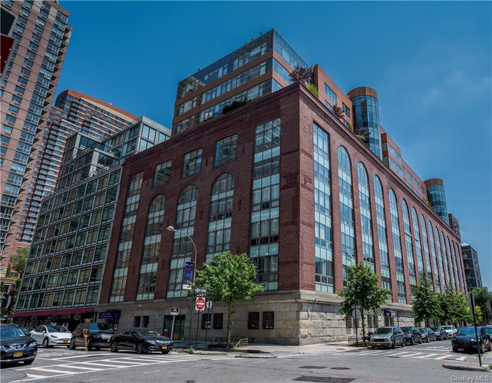 Property for sale at 2-17 51st Avenue Unit: 1013, Long Island City,  New York 11101