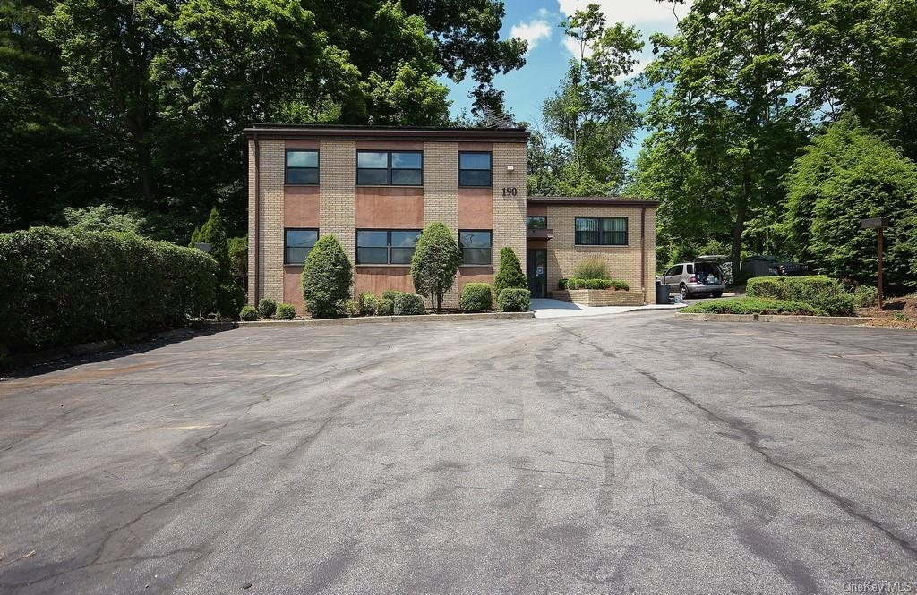 190 N State Road, Ossining, NY 10510