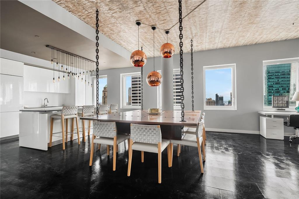 70 W 45th Street, New York, New York 10036, 5 Bedrooms Bedrooms, ,4 BathroomsBathrooms,Residential,For Sale,45th,H6049353
