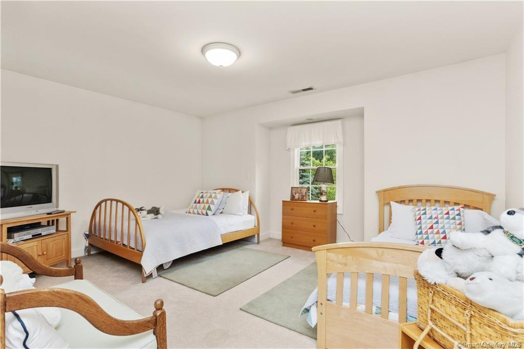 Single Family Norwalk Road  Out Of Area, NY 06850, MLS-H6053031-18