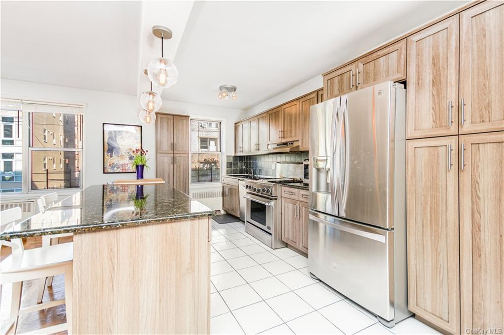 Coop Cambridge Avenue  Bronx, NY 10463, MLS-H6056697-2
