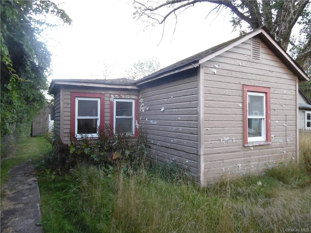Three Family Highland Avenue  Sullivan, NY 12701, MLS-H6058693-17