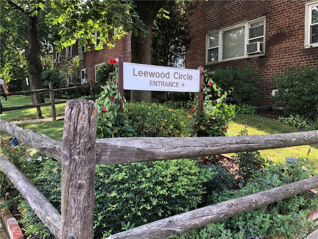 16 Leewood Circle 2L