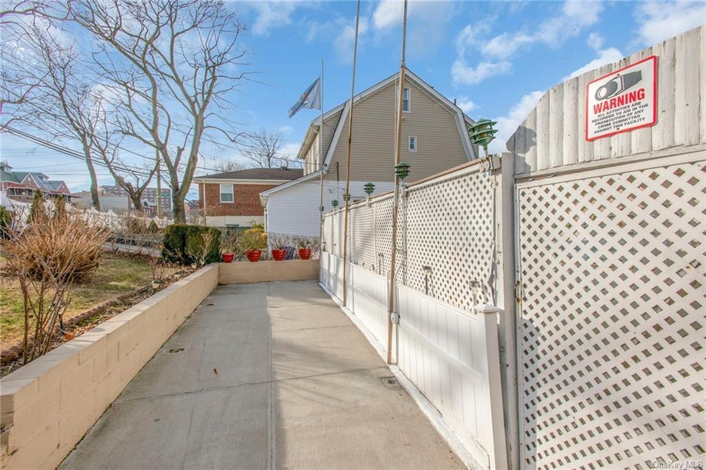 Land Ampere (lot 28) Avenue  Bronx, NY 10465, MLS-H6060407-6