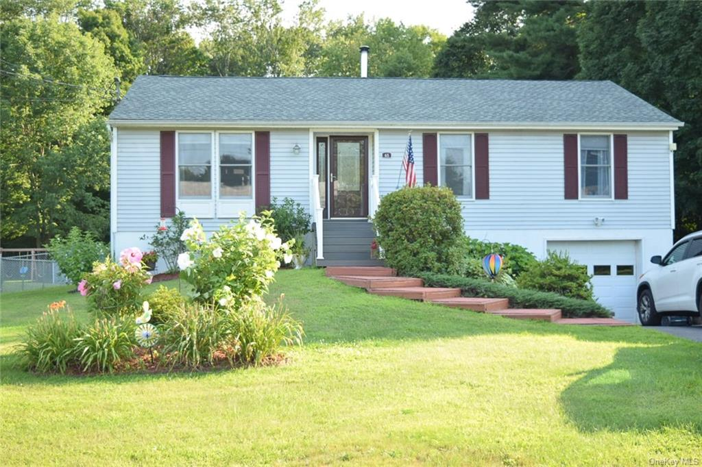 65 Manor, Westbrookville, NY 12785