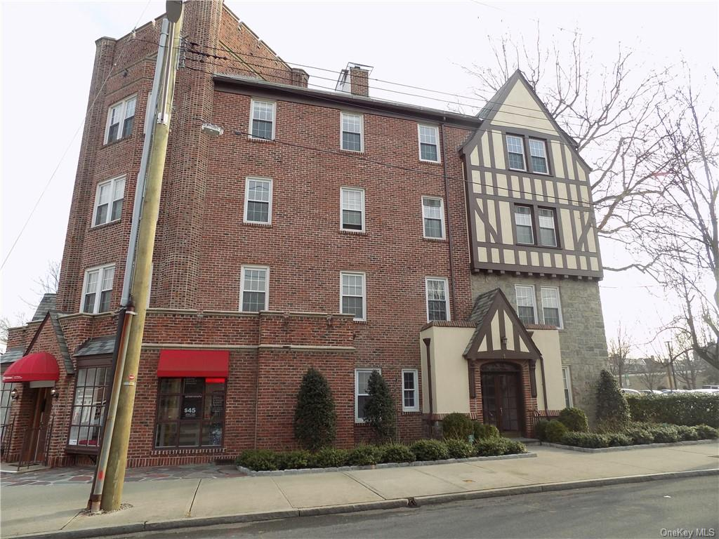 Location, Location, Location.   Sought after Cedar Street Condo rental in the heart of Bronxville Village. Spacious 1 bed plus flex room - 2nd bedroom/den/office.  Premier location -  Pet friendly.... near shops, restaurants, movies, school, park and train. Parking Options available through the Village.  Permit $230 Yearly. Village Lots. ***NO BOARD APPROVAL*** --Beautiful hardwood floors,new kitchen/bath-top of the line D  cor-  Must See!    $150.00 adm. fee to B&H, $600.00 move-in fee, Tenant responsible for Broker's Fee which is equal to 1 month's rent.