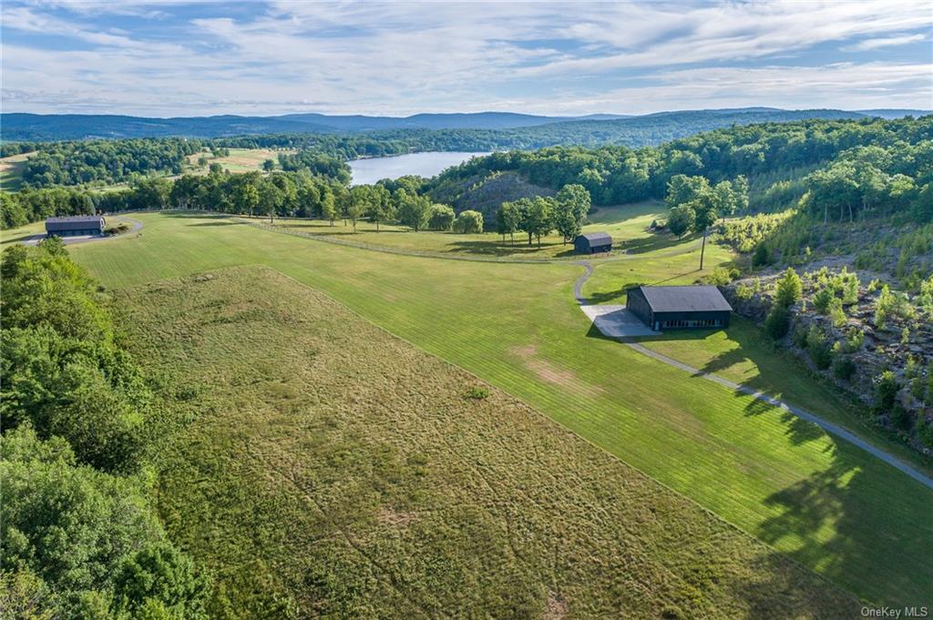 Single Family Golf Course Road  Columbia, NY 12516, MLS-H6065202-24