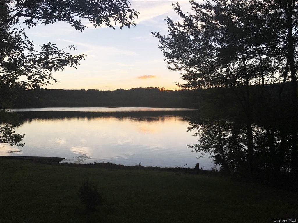 315 Round Lake Terrace, Monroe, NY 10950