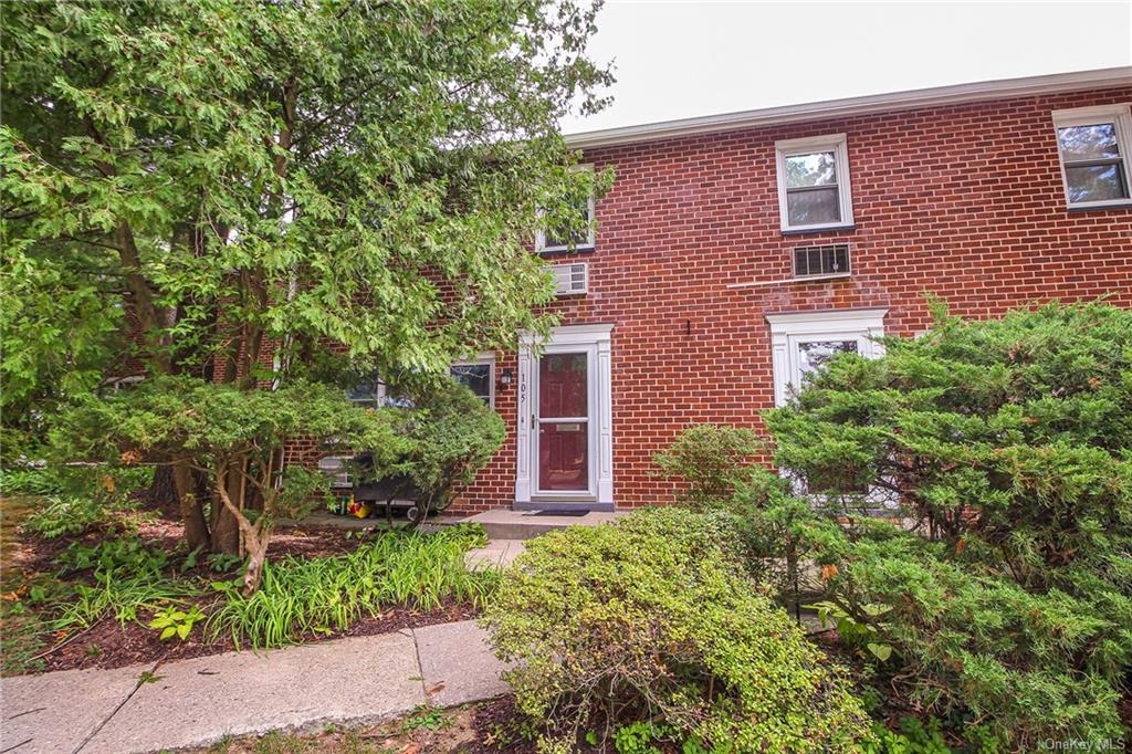 PRICE DROP. BRING ALL OFFERES Easy to show. This unit is currently occupied,4 hour notice requested, some short notice is possible but please understand this unit is occupied. Please send attached Covid form along with pre-approval. Well maintained 2 bedroom, brick duplex co-op with plenty of amenities. Close to the Beeline bus, Metro North, shopping and dinning. Buyers agent to verify all information