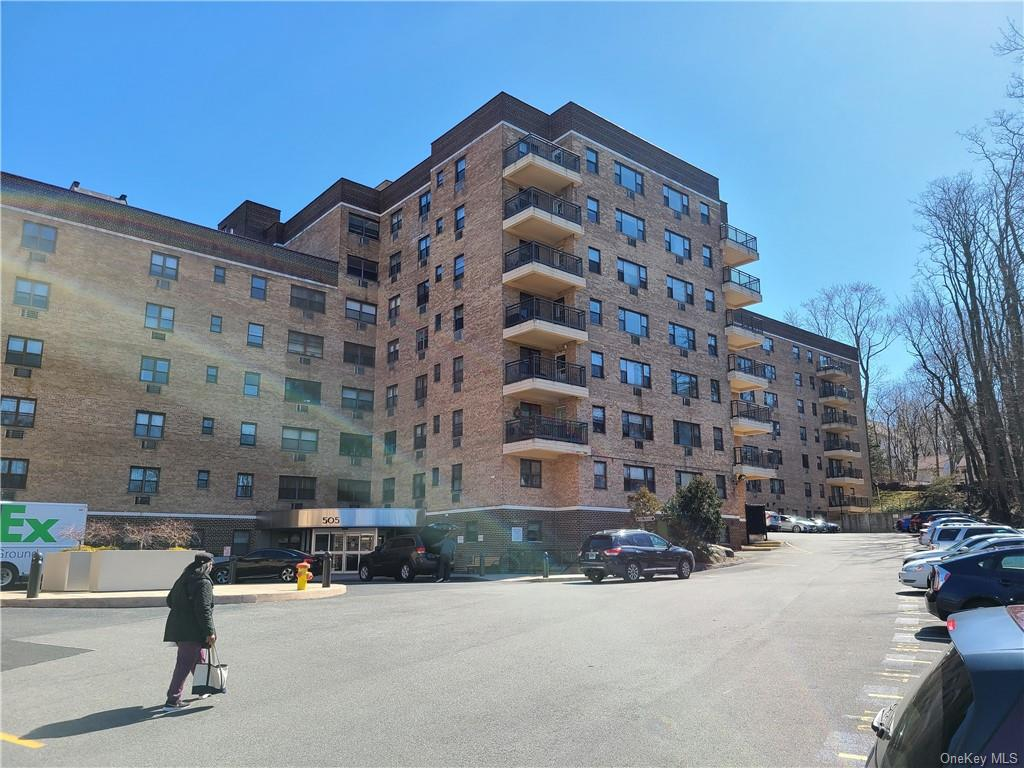 505 Central Avenue, White Plains, New York 10606, 1 Bedroom Bedrooms, ,1 BathroomBathrooms,Residential,For Sale,527,Central,H6068499