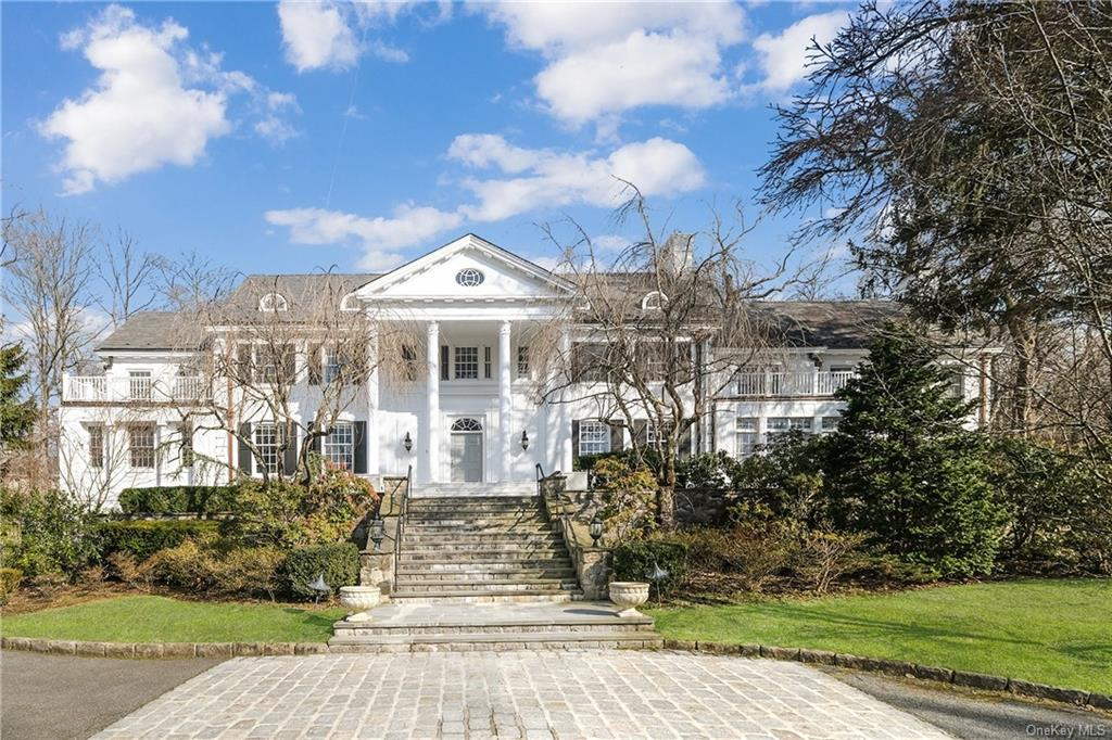 17A Heathcote Road, Scarsdale, New York 10583, 7 Bedrooms Bedrooms, ,8 BathroomsBathrooms,Residential,For Rent,Heathcote,H6068654